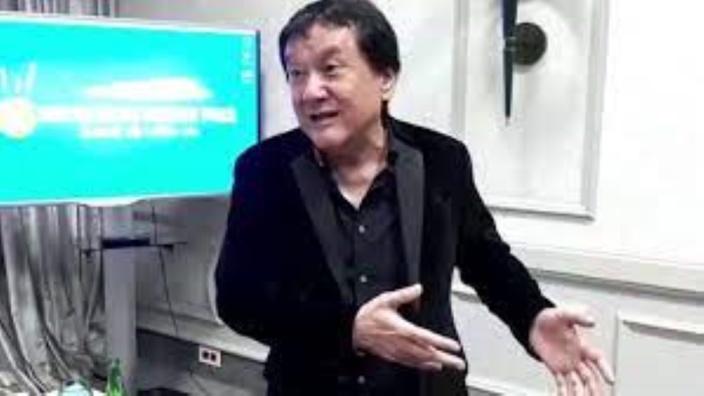 Le patron de SMS Pariaz, Jean-Michel Lee Shim aurait-il les mains baladeuses ?