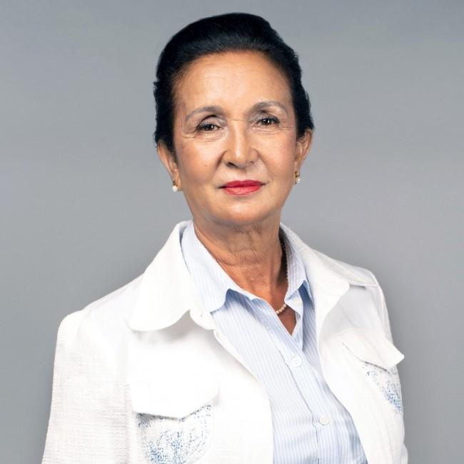 """Huguette Bello, la présidente du Conseil Régional de La Réunion, loue le """"message chaleureux de Paul Bérenger"""""""