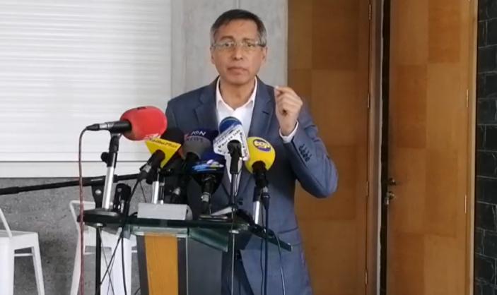 Duval veut que le Speaker soit remplacé avant la rentrée parlementaire
