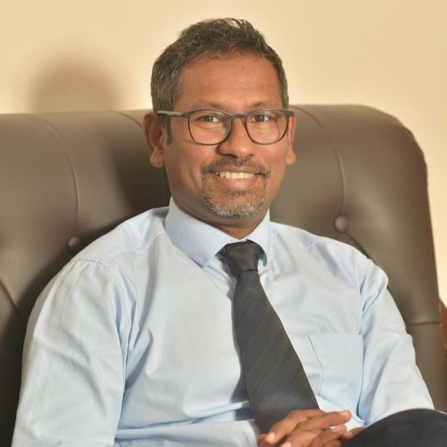 Sanjeeven Permal démissionne comme directeur de la CHC