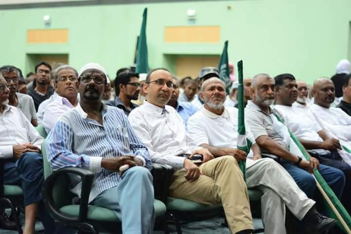 Dans l'assemblée, le fils de l'ex Vice-Premier ministre, ex CEO de la BAI et neveu de Dawood Rawat