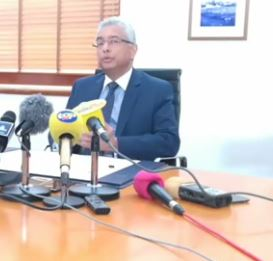 [BREAKING NEWS] Démission : Sanjeev Teeluckdharry, Deputy Speaker et Roubina Jadoo-Jaunbocus la ministre de l'Égalité du genre