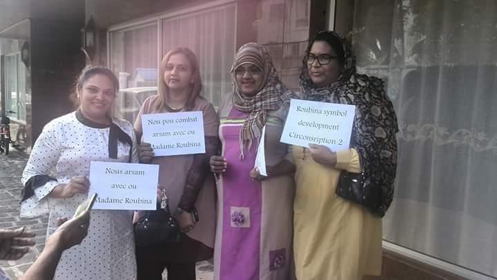 Des mandants de la circonscription, le n°2, Port-Louis Sud–Port-Louis Centre, ont affiché leur soutien à Roubina Jadoo-Jaunbocus samedi.