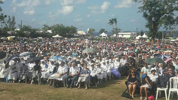Ile de la Réunion : Plus de 10 000 fidèles pour la messe de l'Assomption à Piton St-Rose