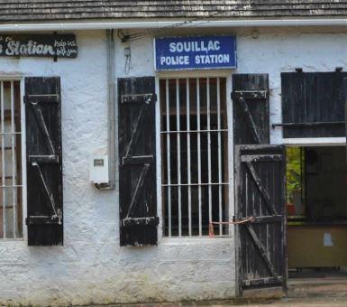 Vol et menaces sur une famille allemande en vacances à Maurice, les malfrats récidivistes arrêtés