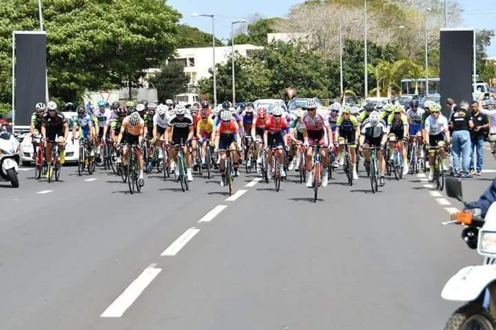 Tour de Maurice 2018- Cyclisme : Azor Adriano de la Team MCB, premier mauricien à terminer la 1ère étape du jour
