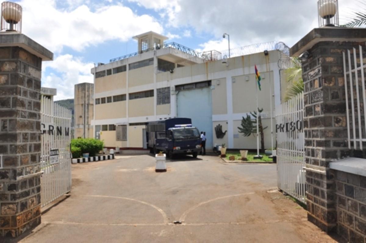 Que se passe t-il à la prison de GRNW ?