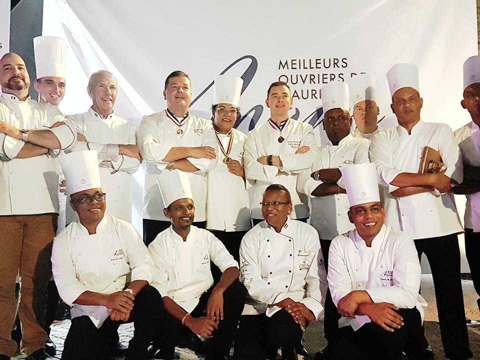 Neeloo Ungnoo est la gagnante de la première édition de Meilleurs Ouvriers de Maurice