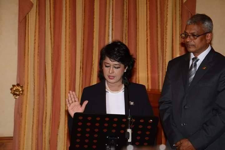 Ameenah Gurib-Fakim et le papier à en-tête de la Présidence