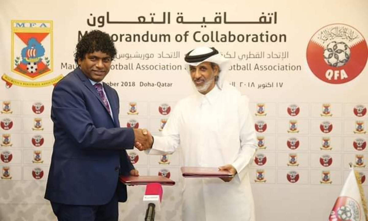 La Mauritius Football Association (MFA) signe un accord de coopération avec le Qatar Football Association