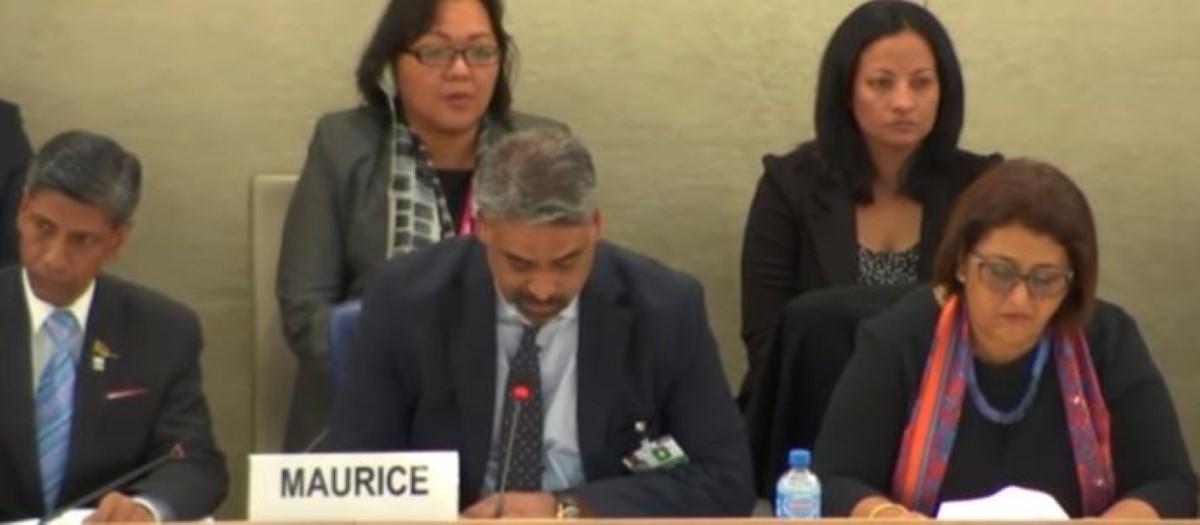 Discours haineux sur internet : Maneesh Gobin continue ses pitreries à Genève