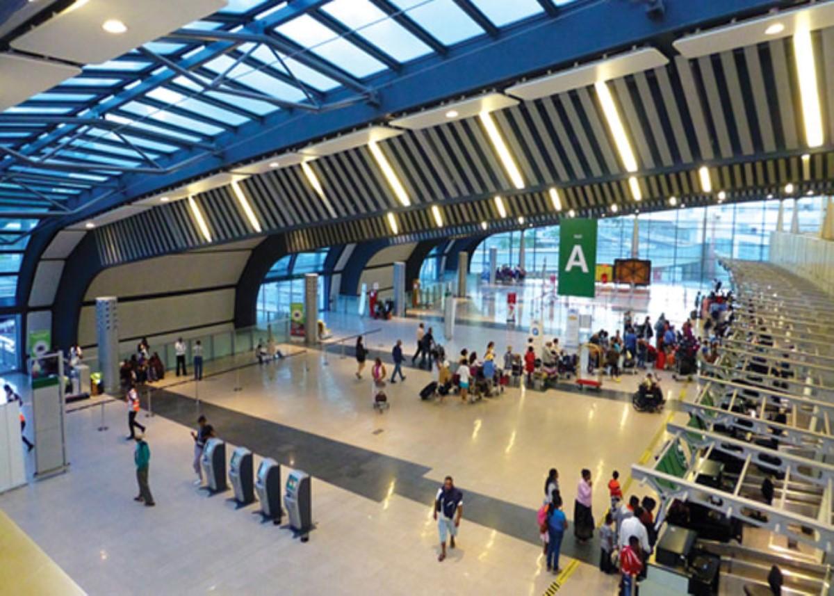 Plaisance : Une Israélienne arrêtée avec du cannabis à l'aéroport SSR