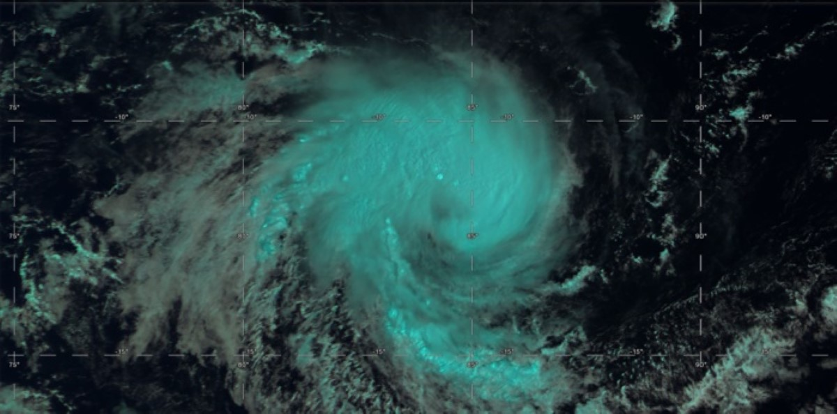 Le système capturé par le satellite Himawari-8 at 07h30 ce matin. US Navy.