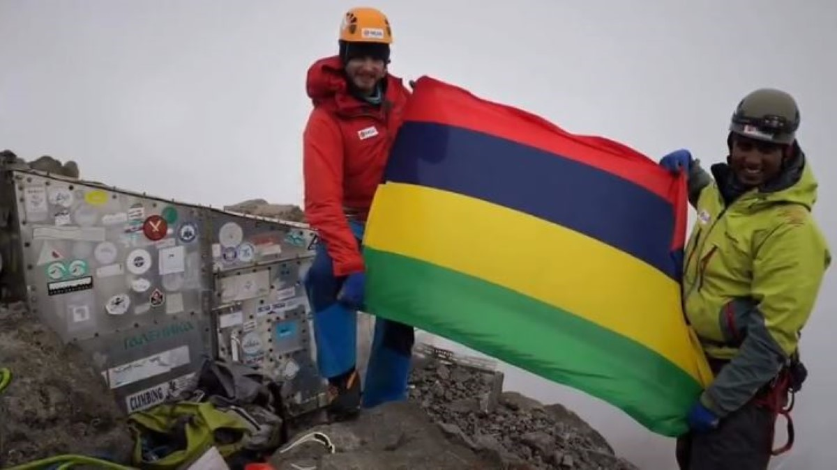 [Vidéo] 7 Summits Africa-Team Mauritius : Mont Kenya