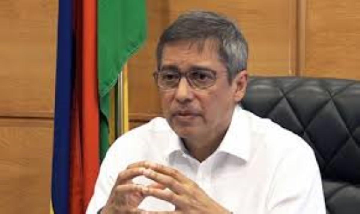 Le leader de l'opposition dit être en présence de preuves que la CWA a fourni de l'eau impropre dans la capitale