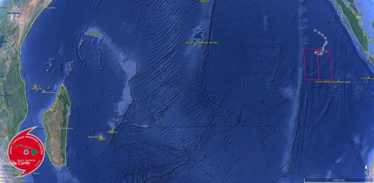 POSITION DU SYSTEME TRES LOIN AU NORD EST DES MASCAREIGNES. Photo : Page Cyclone Class 4