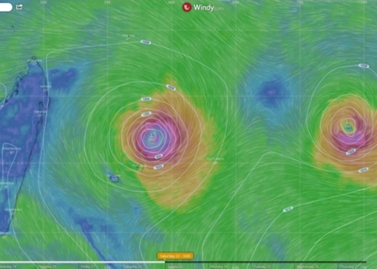 Maurice : Zone perturbée 92S sous haute surveillance