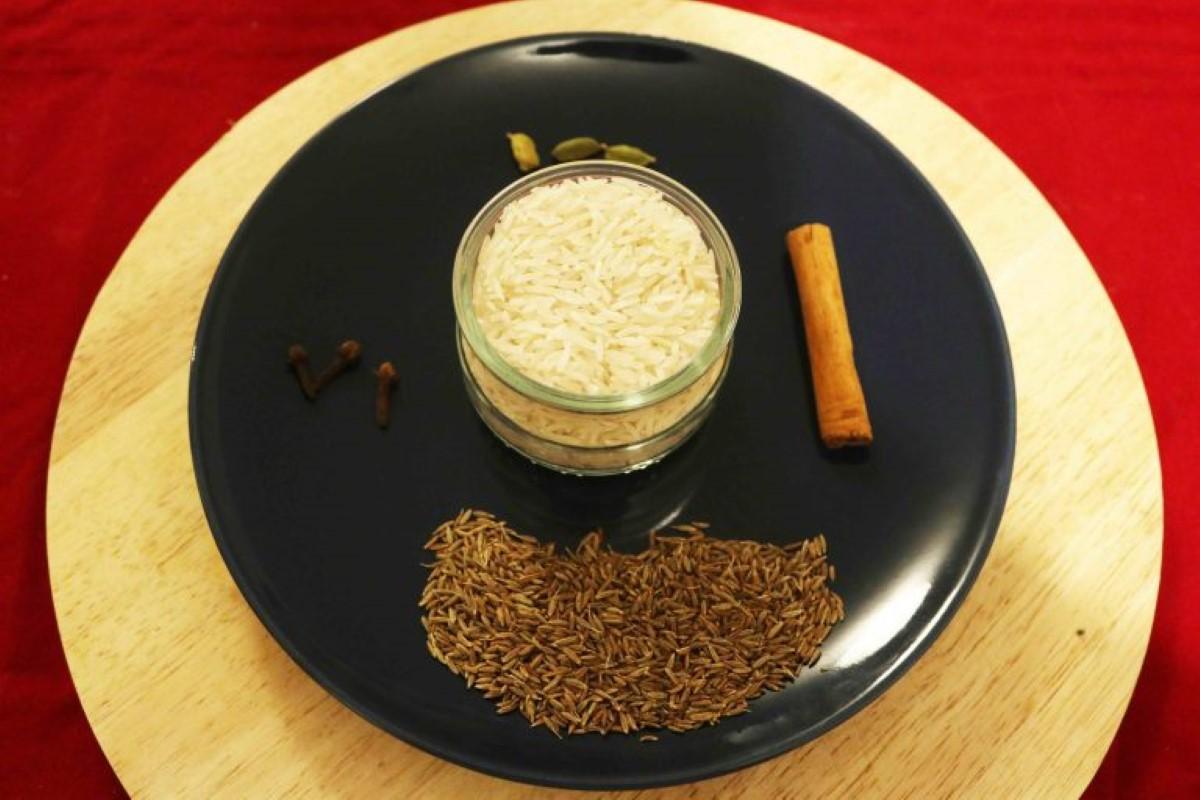 La recette de En Cuisine & à Table : Riz fricassé à la mauricienne