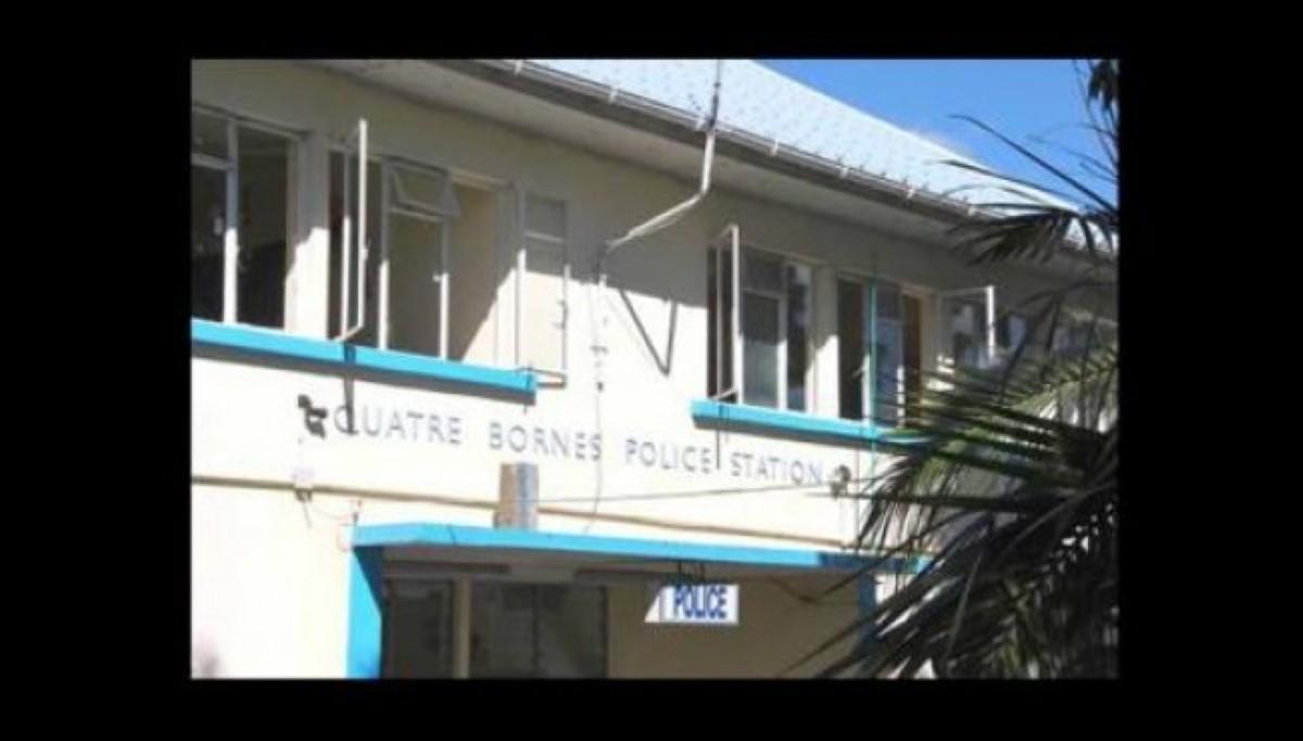 Poste de police de Quatre-Bornes : un policier fait usage de gaz lacrymogène sur des toxicomanes