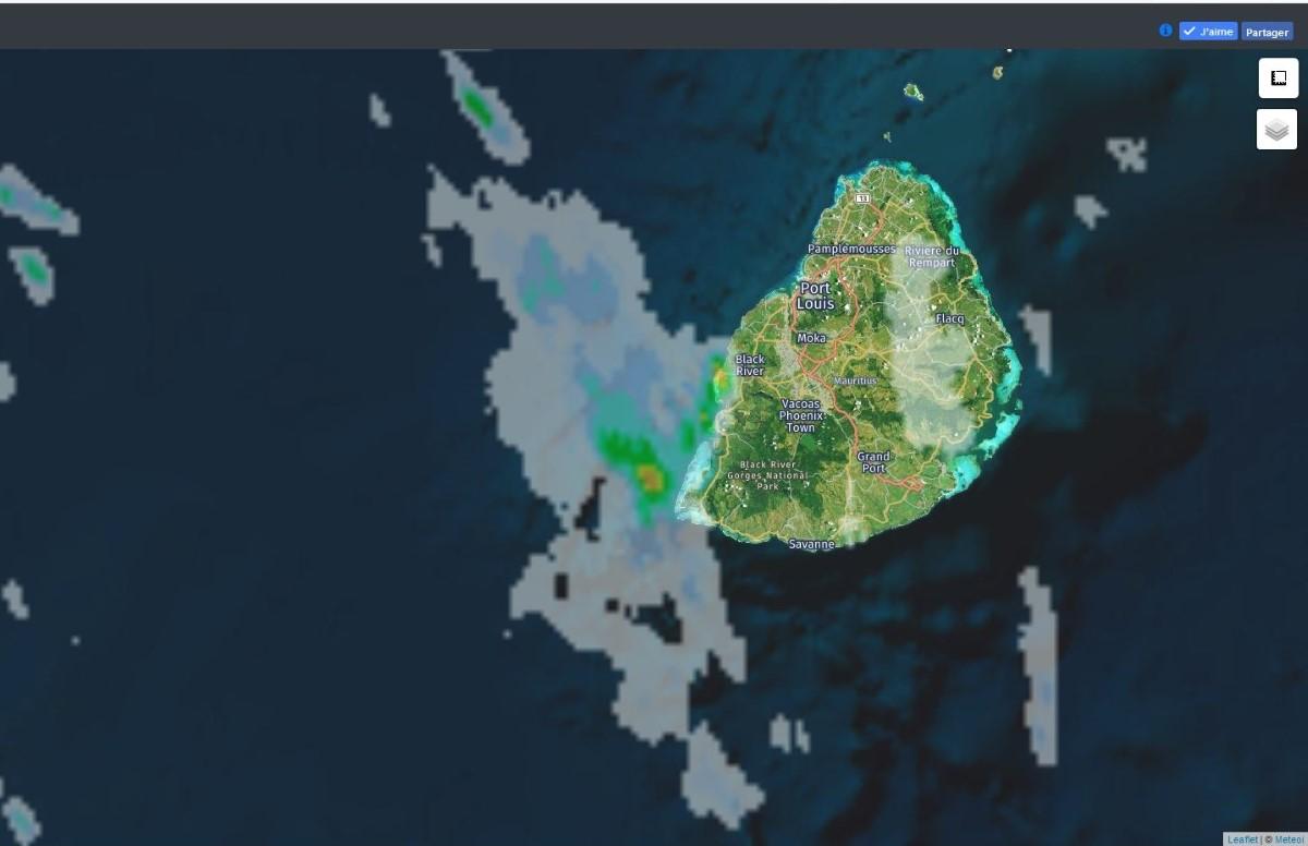 Radar MFR à 07h40. Crédit https://www.meteoi.re