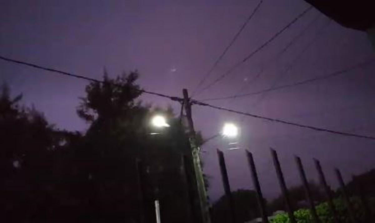 [Vidéo] Tempête électrique à Trou d'Eau Douce