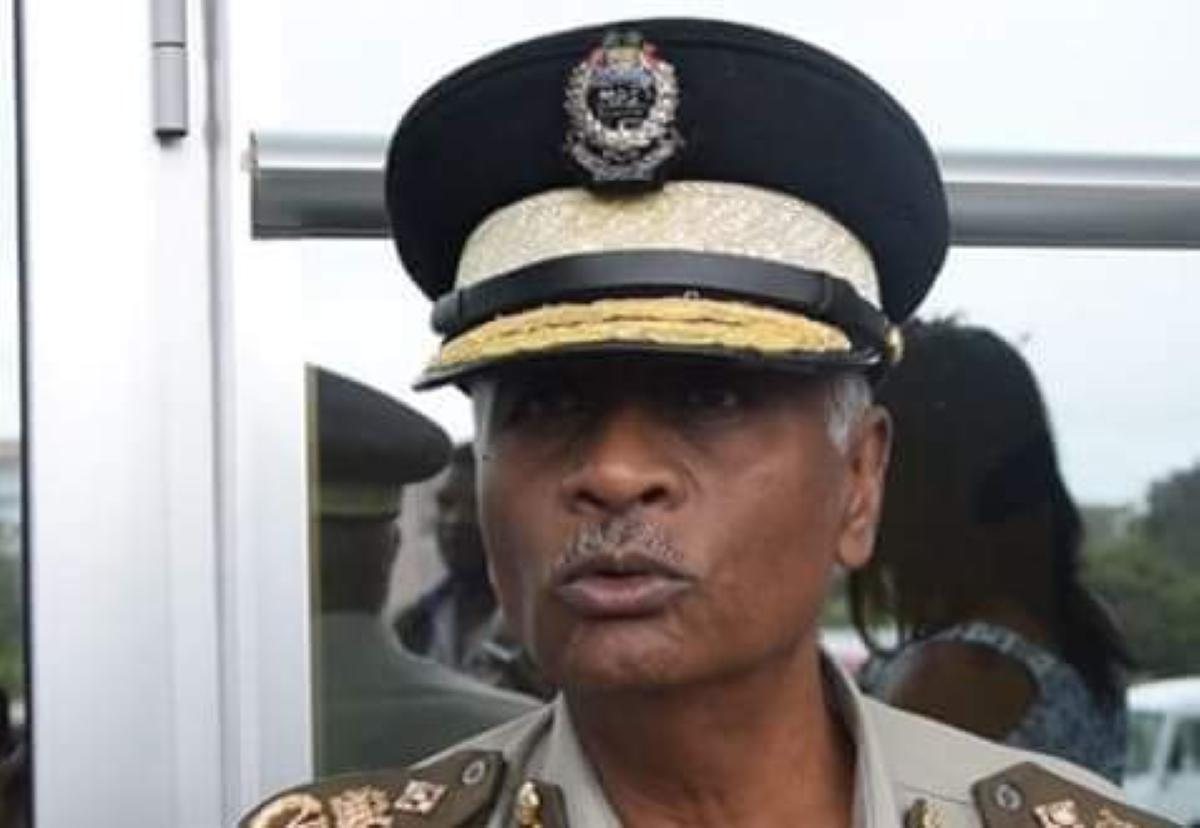 Le Commissaire des prisons réplique au leader de l'opposition