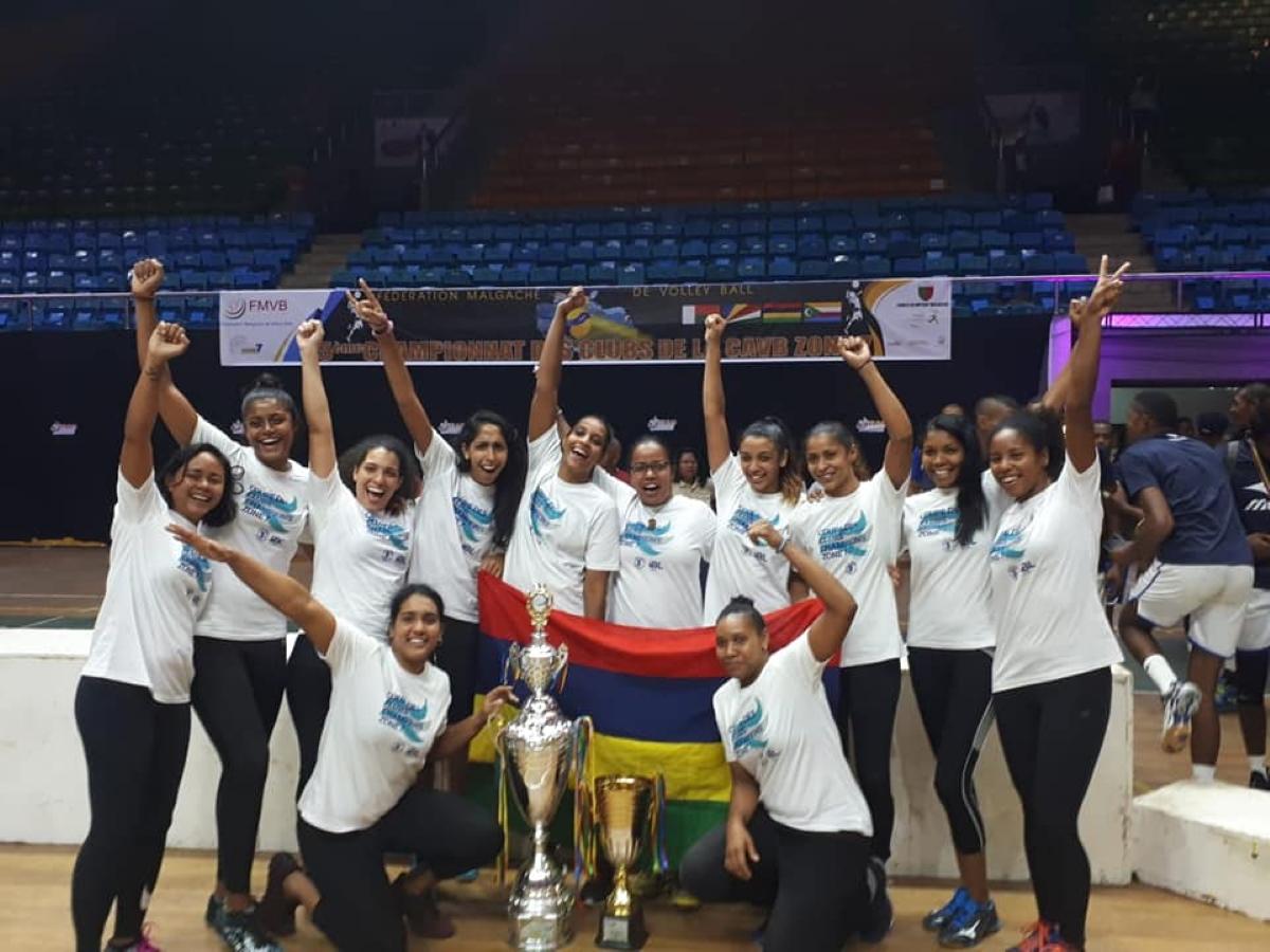 Volley-ball - Coupe des Clubs Champions de l'Océan Indien 2019 : les Quatrebornaises remportent la victoire pour la deuxième année consécutive