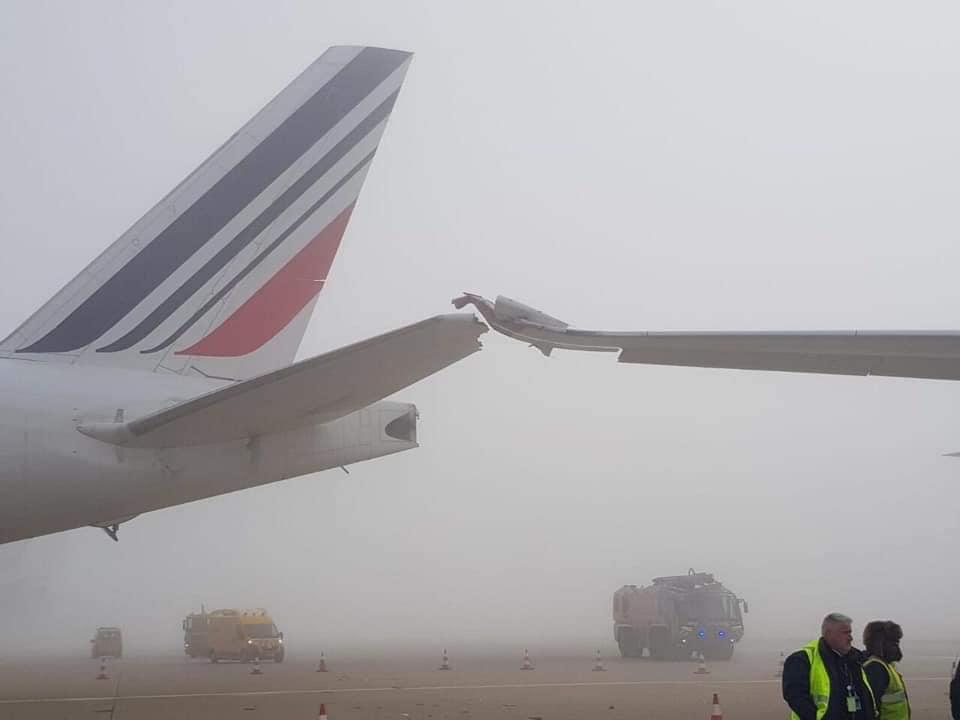 A Roissy-Charles-de-Gaulle, un Airbus A 350 d'Air Mauritius entre en collision avec un autre avion