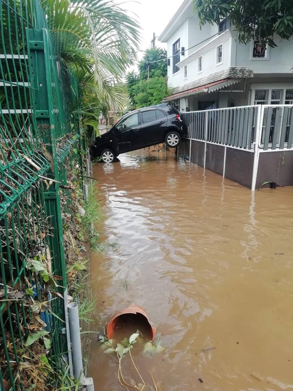 Fortes pluies : Plus de 50 voitures endommagées à Terre-Rouge