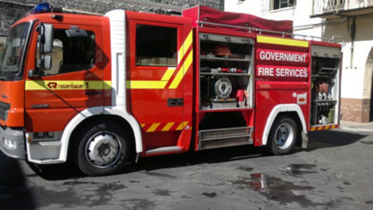 Port-Louis : Deux personnes secourues à la suite d'un incendie lundi soir