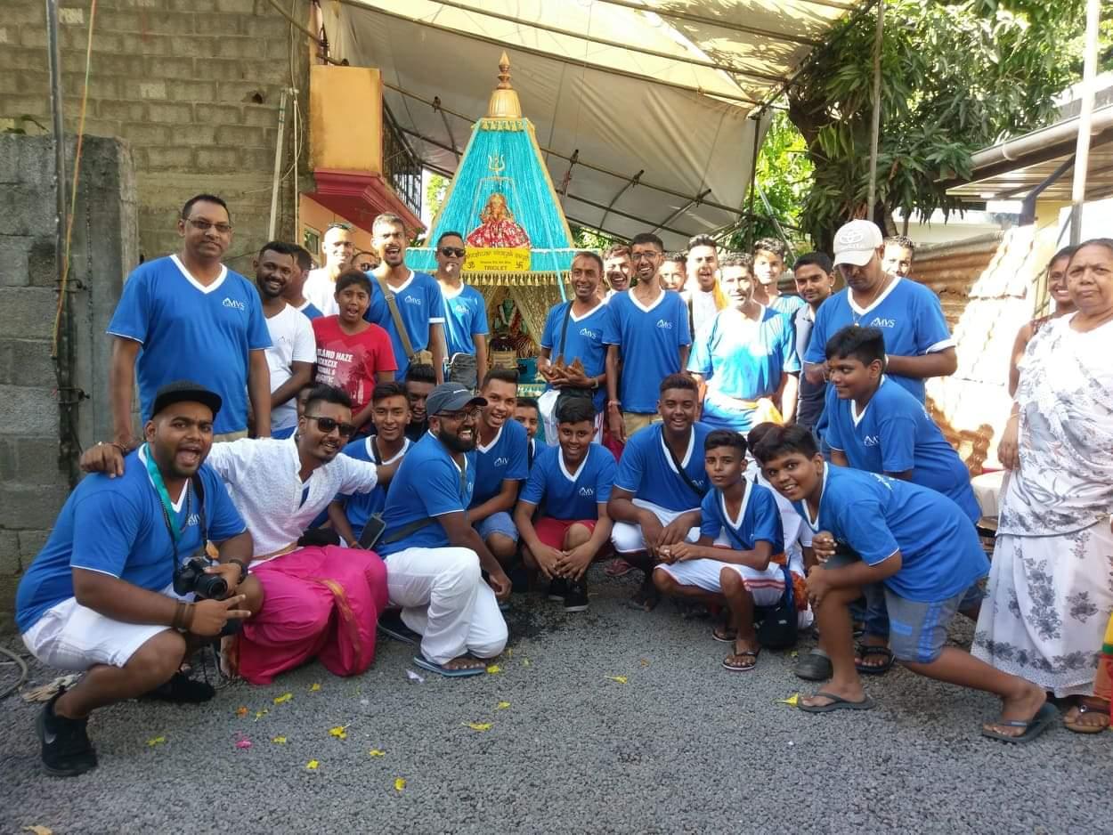 Maha Shivaratri : Une journée avec les pèlerins de Triolet