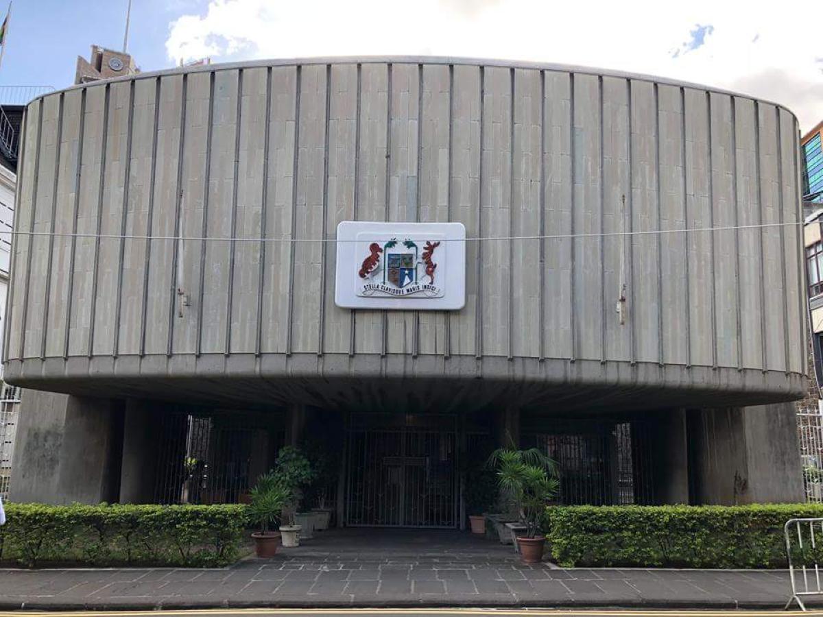 Manif programmée des employés de Palmar Ltée devant le Parlement