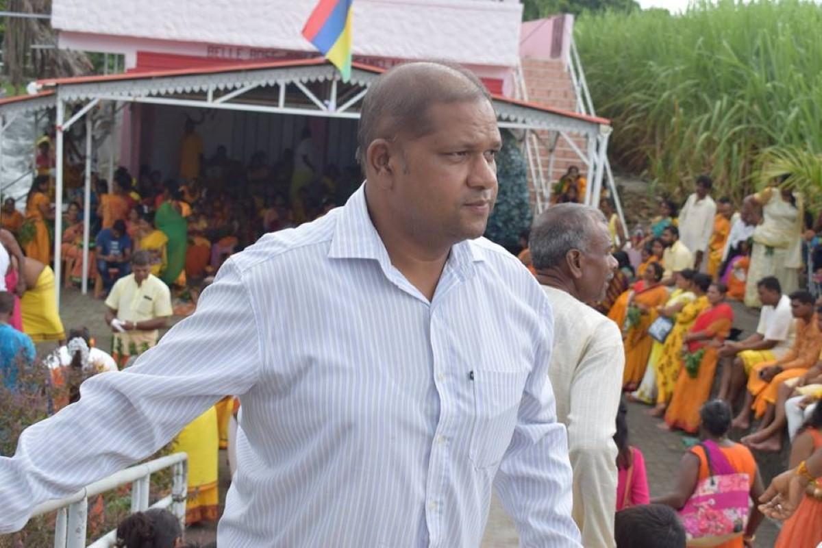 Les péripéties de Kalyan Tarolah au banquet d'État