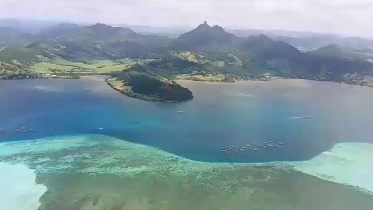 L'île Maurice vue du ciel à bord de l'Aapravasi Ghat