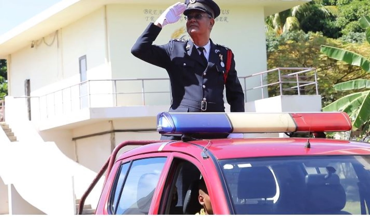 [Vidéo] Après 44 ans au service de la Mauritius Fire and Rescue Service, José Chung Foo tire sa revérence