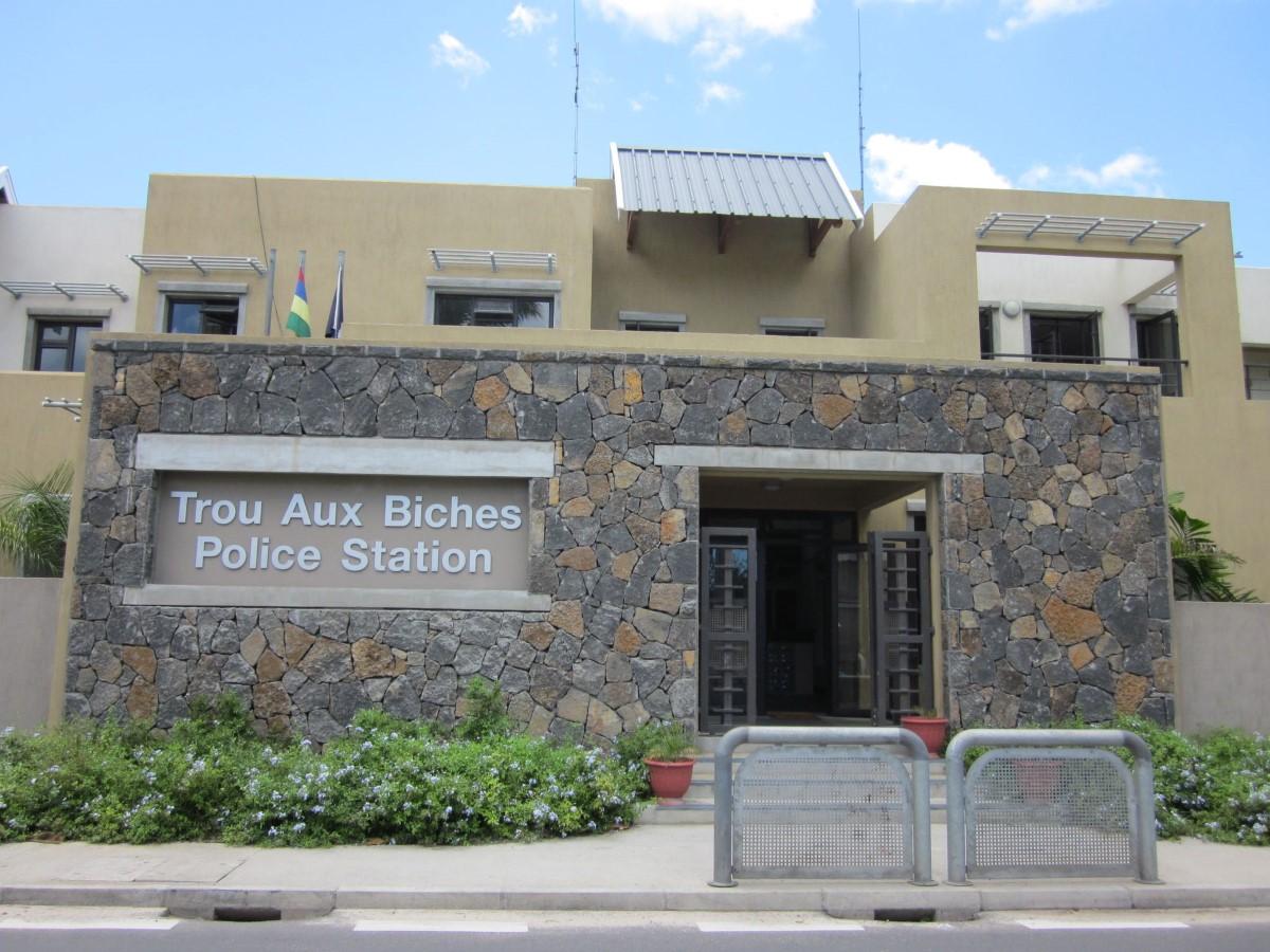 Trou-aux-Biches : Une touriste française victime de vol avec violence