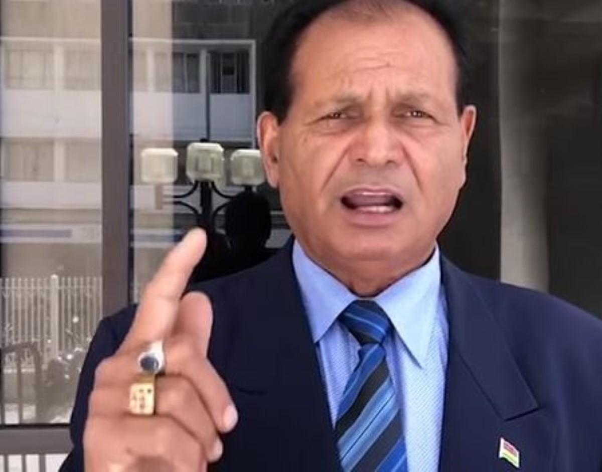 Raj Dayal s'est expliqué au bureau du MSM, sa suspension toujours à l'ordre du jour