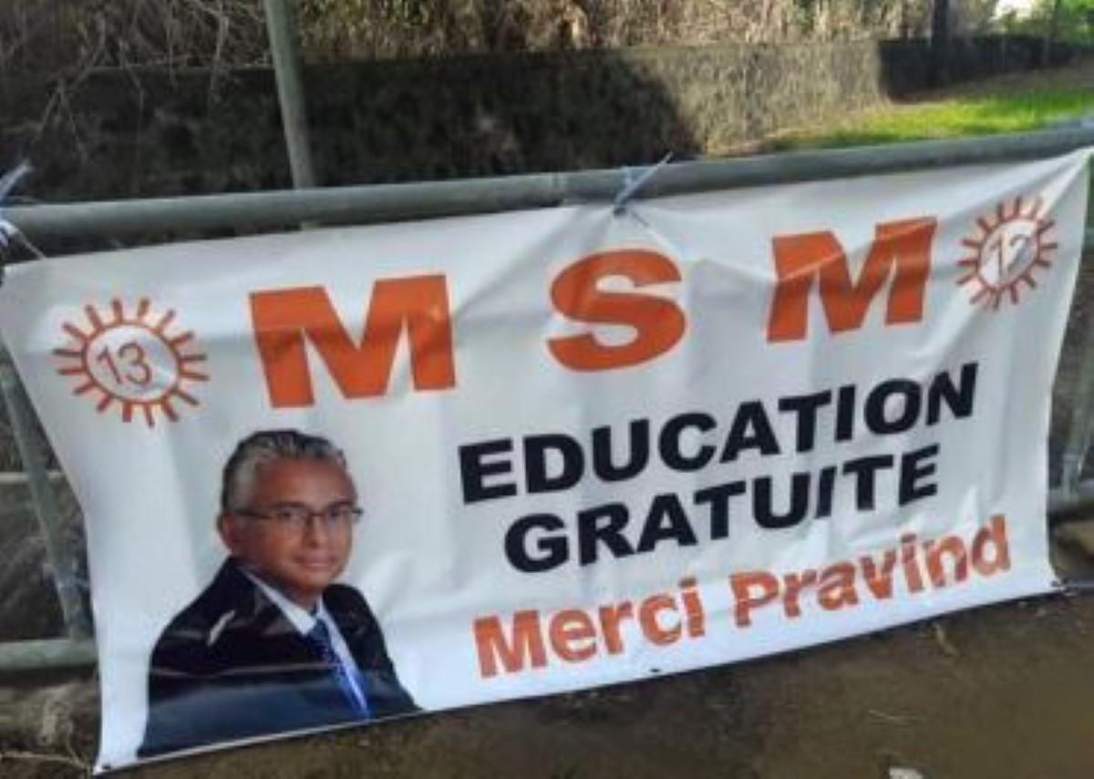 Campagne préélectorale à la régional n°13, cette banderole n'est pas passée inaperçue