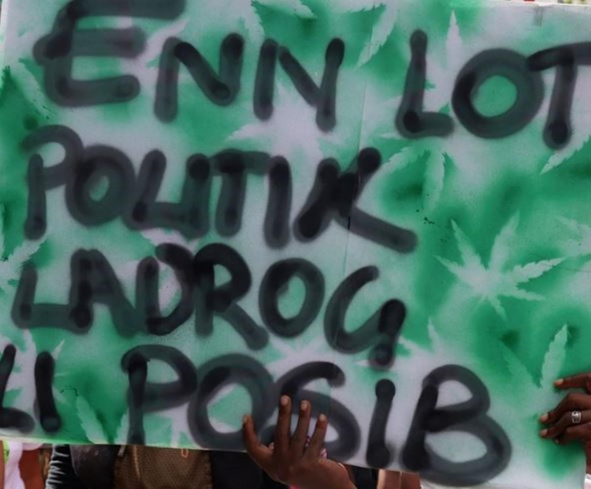 Marche pour le cannabis thérapeutique à Port-Louis : un manifestant arrêté avec du cannabis