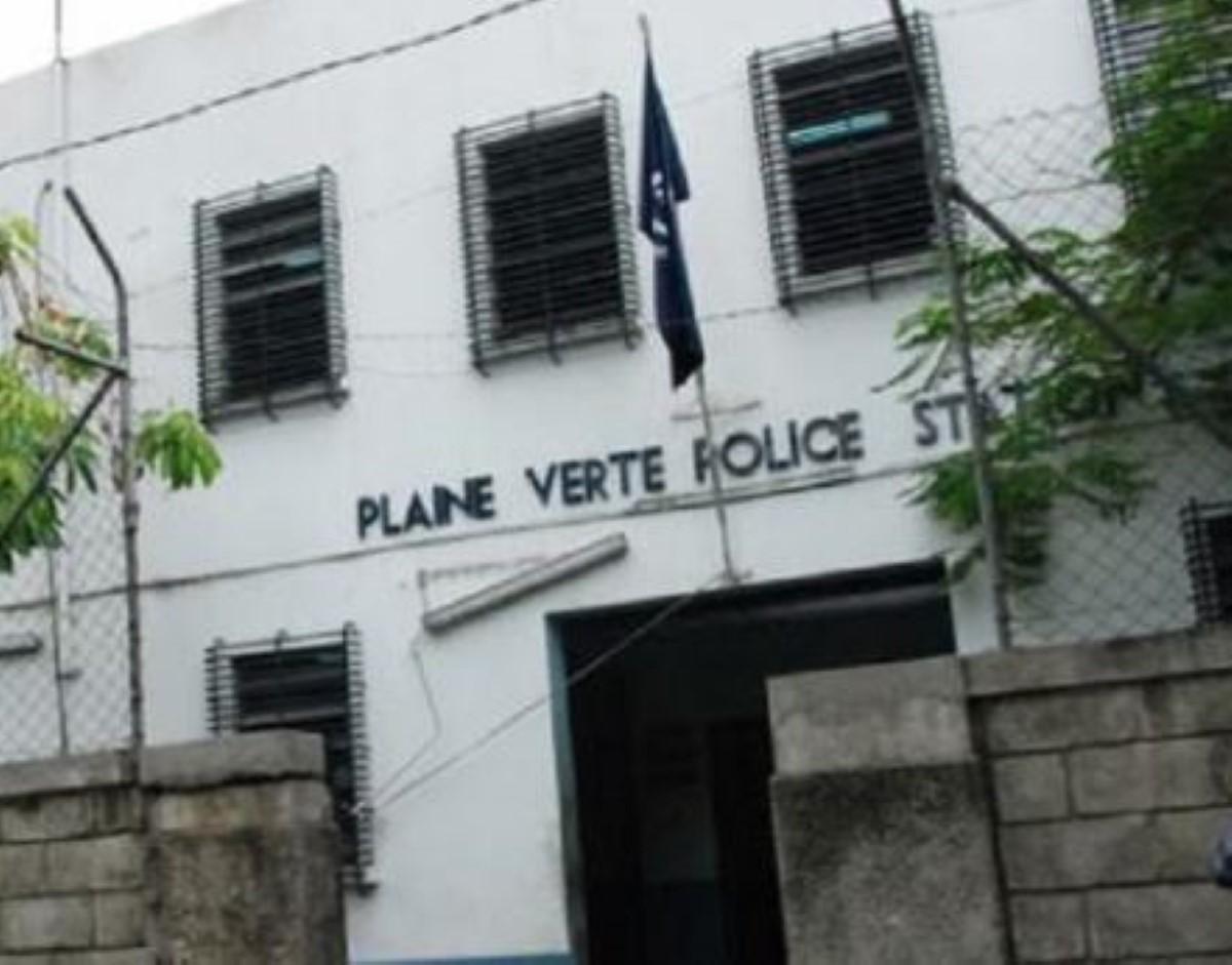 Un officier de la SMF agressé et volé en pleine rue