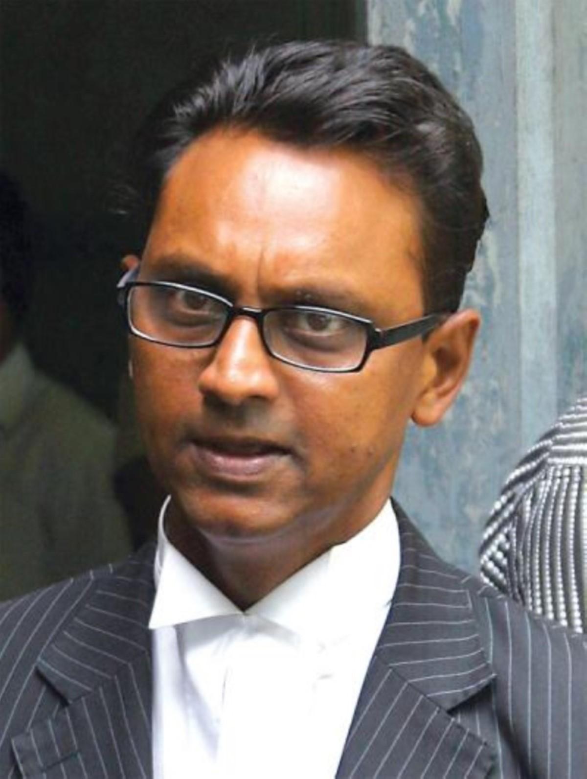Les Mohamed réclament Rs 15 millions à Ravi Rutnah pour diffamation