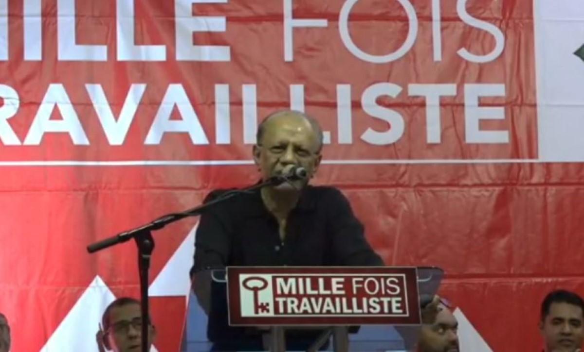 Au congrès du Parti travailliste, Navin Ramgoolam affirme :  « bandi pa bandi mo pou réeli. »