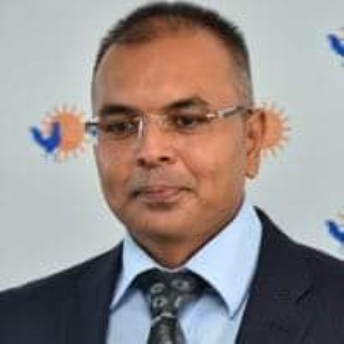 Diffamation alléguée : Sanjeev Teeluckdharry porte plainte contre l'ex Premier ministre Navin Ramgoolam