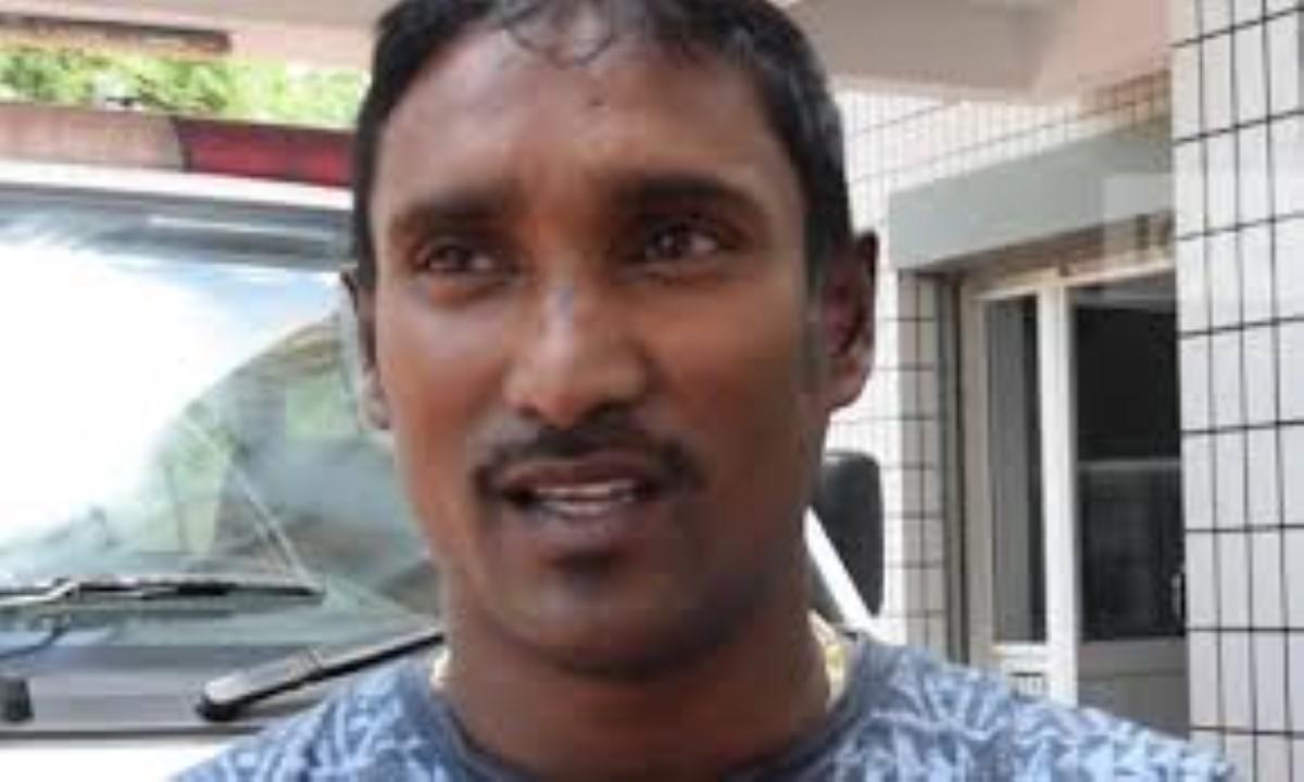 Case prison de nouveau pour le père des quadruplés