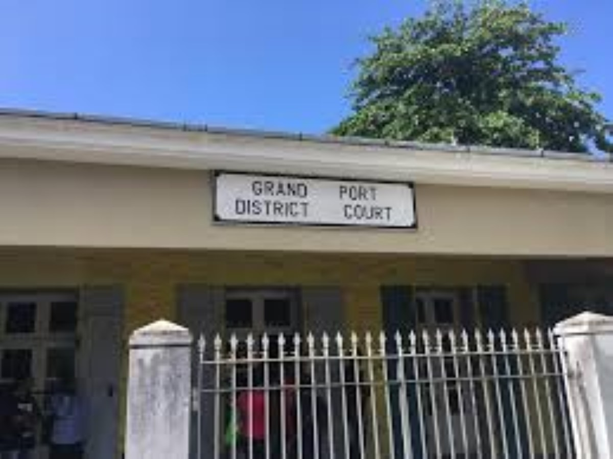 Kevin Lisette peut faire face à un procès… pour parricide