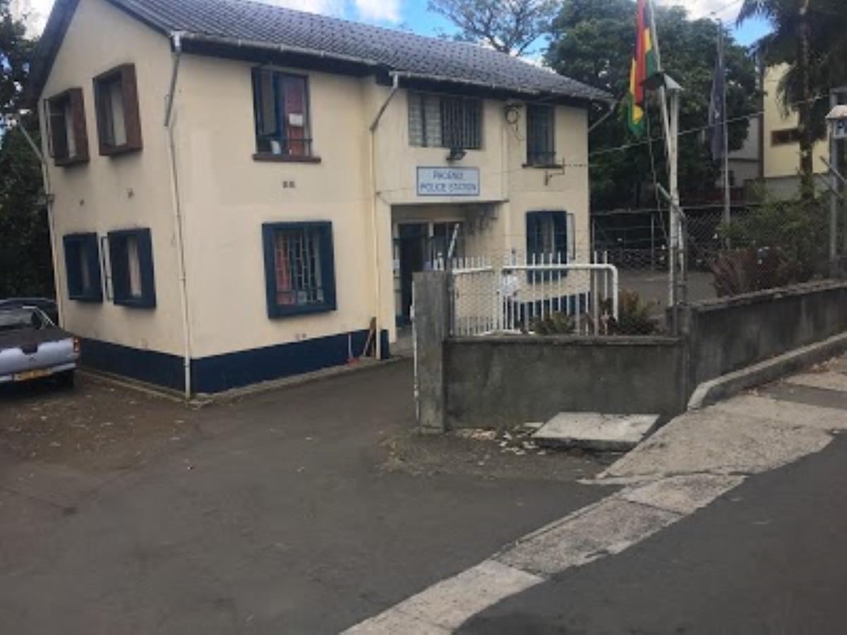 Deux policiers agressés à Hermitage
