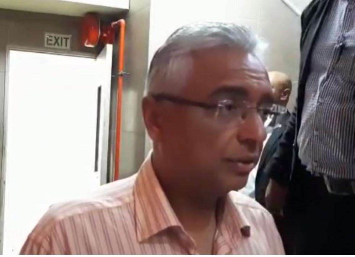 [Serenitygate] Réaction de Pravind Jugnauth : «Si Top Fm envie vinn agent pou Parti travailliste et pé fer campagne contre nou, ok»