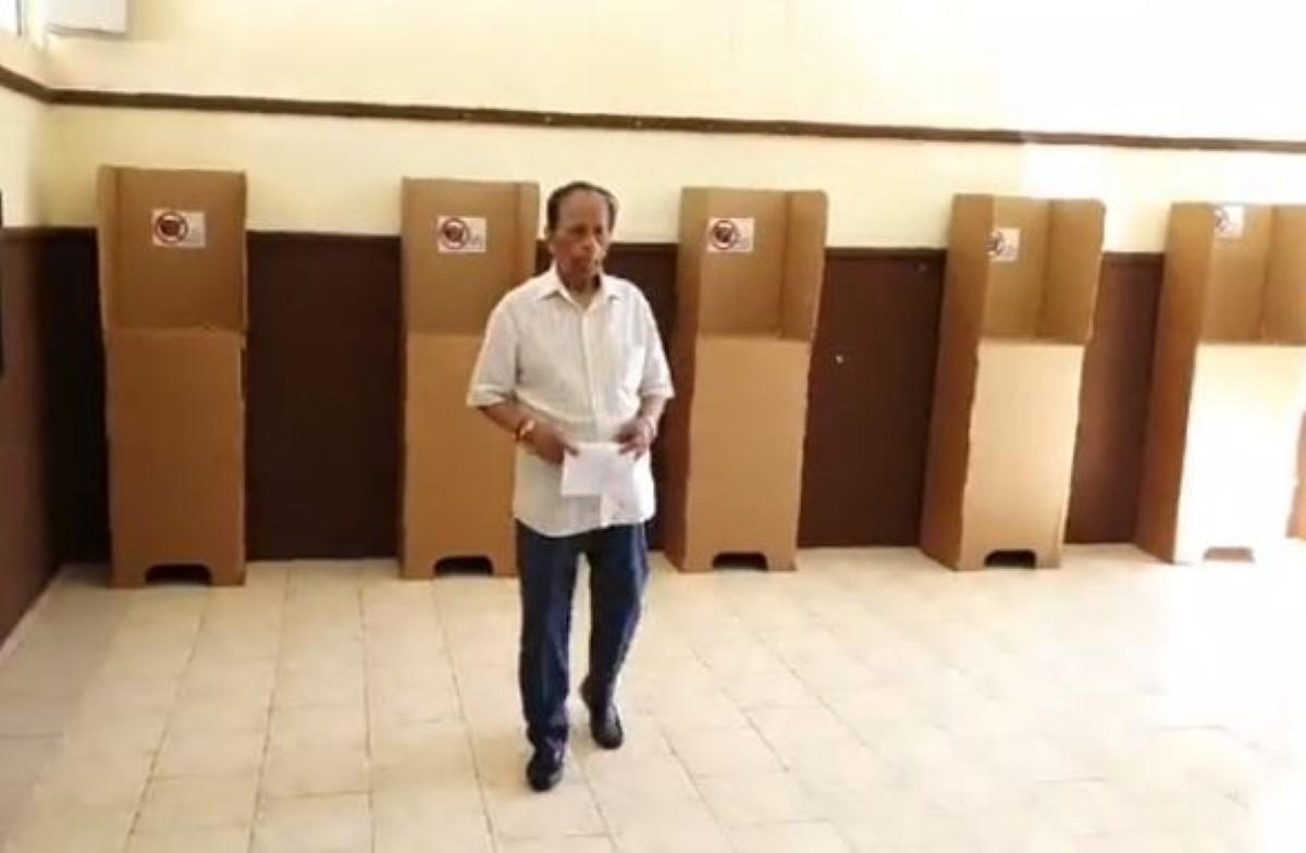 « Je suis venu, j'ai voté », affirme SAJ