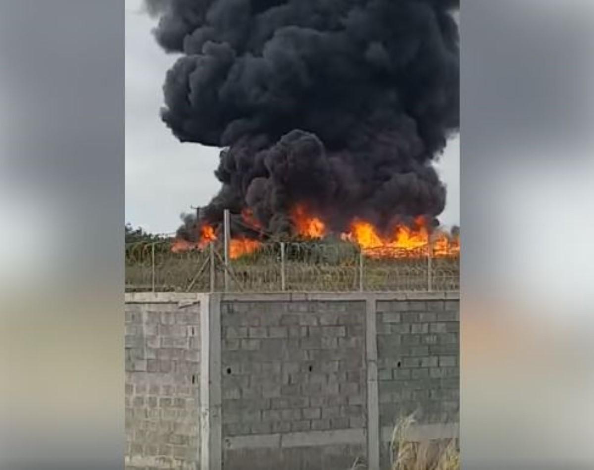 Goodlands : 2500 poteaux partent en fumée