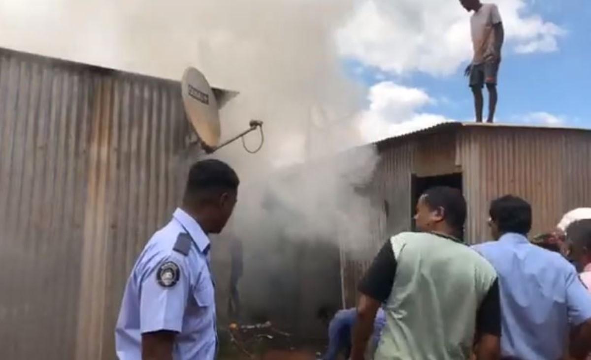 Incendie à Cité Longère, Baie-du-Tombeau : Polémique sur le retard des pompiers et le manque d'eau
